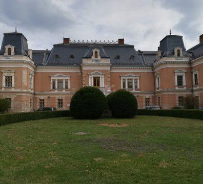 A lengyeli (Tolna megye) Apponyi kastély ma